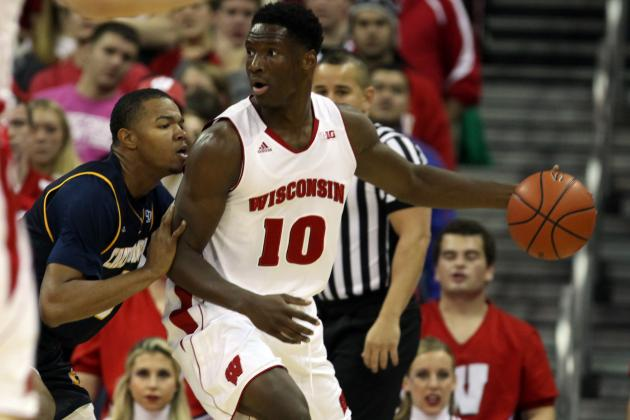 Happ's double-double helps Badgers down Syracuse