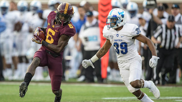 Gophers sink Beavers 48-14