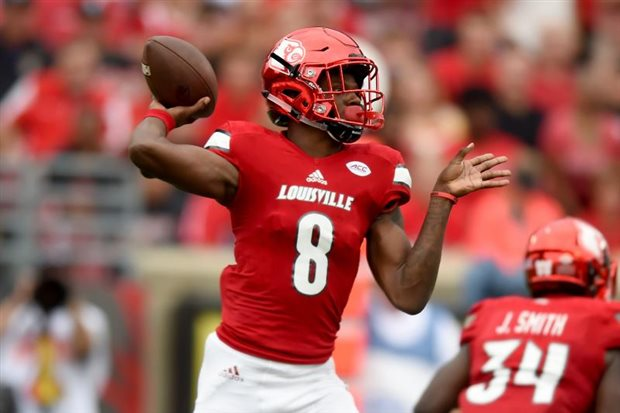 Louisville QB Lamar Jackson reaches 50 rushing, 50 passing TDs