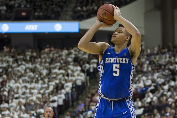 Kentucky snuffs out Davidson's top scorers in NCAAs to advance in Boise